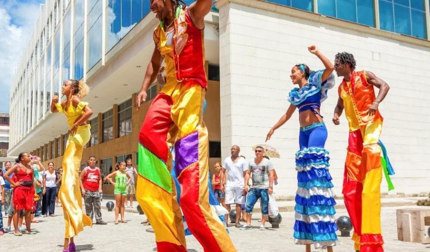 le-hoi-carnival-ngoai-troi